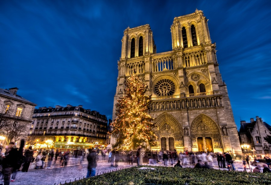 Merry Christmas from Notre Dame