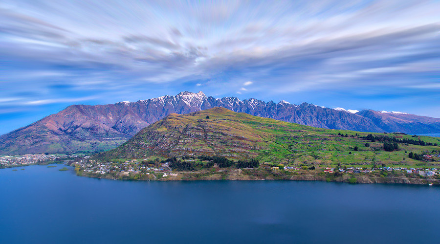 The Remarkables and Kelvin Heights