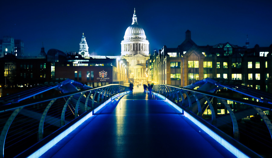The Bridge to St. Paul's Cathedral
