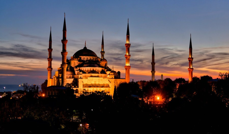 The Blue Mosque at Sunset – Stuck in Customs