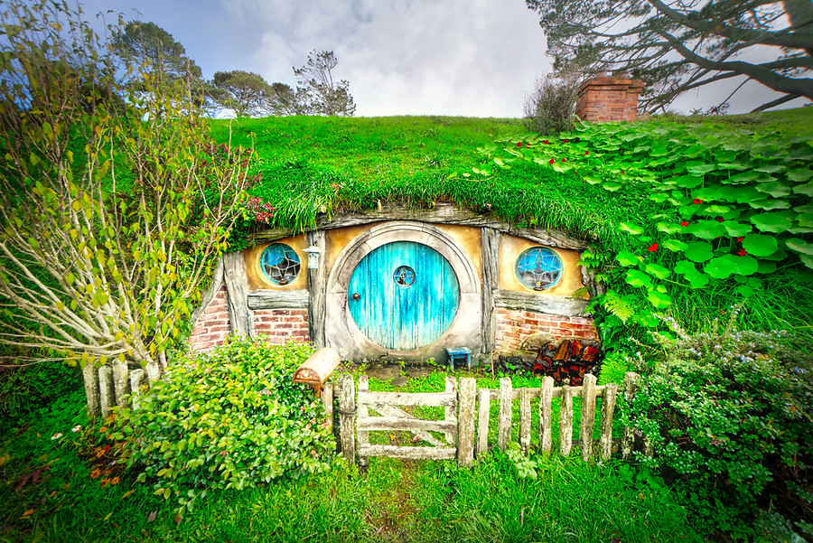 Yet another hobbit hole! – Stuck in Customs