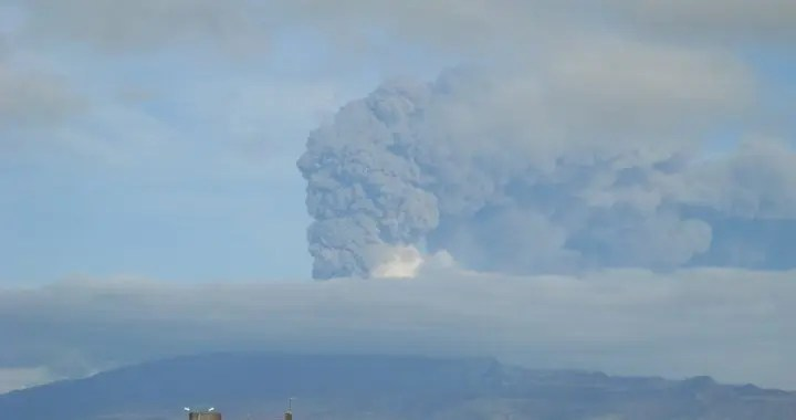 The 2010 Eyjafjallajokull eruption