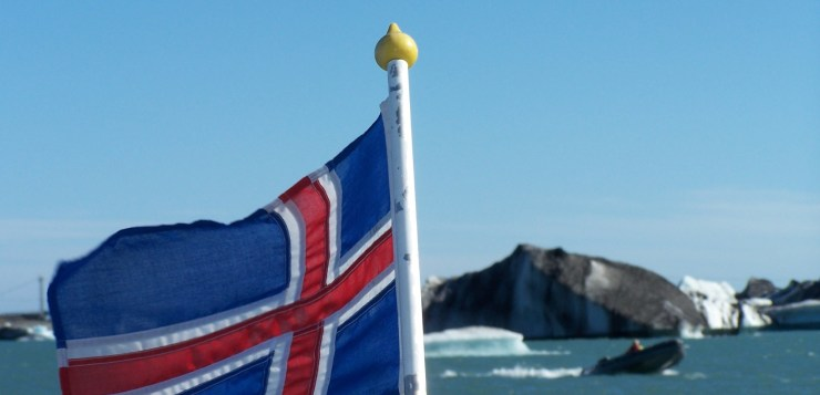 Icelandic flag in Jökulsárlón glacial lagoon