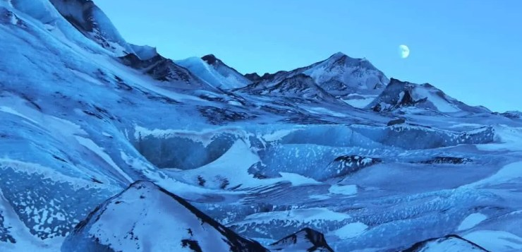 Sólheimajökull glacier is straight out of a sci-fi film.