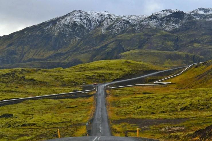 The Road to Lake Hafravatn.