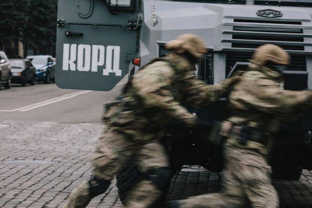 "В Харькове силовики провели ""освобождение"" ОГА 4"