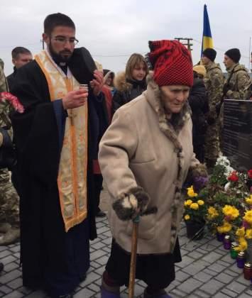Возле админграницы с Крымом открыли памятник погибшим за Украину крымчанам 3