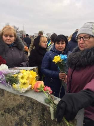 Возле админграницы с Крымом открыли памятник погибшим за Украину крымчанам 2