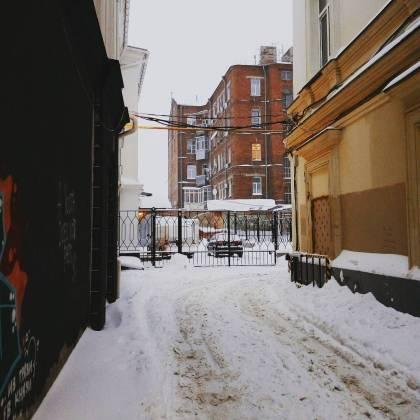 Харьков и дальше будет заметать снегом, полиции поручено убрать с улиц машины 6