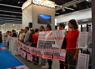 """Stop Russia"": Грузинские писатели и издатели устроили протест на книжной выставке во Франкфурте 1"