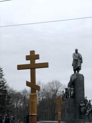 В Харькове состоялось траурное шествие памяти жертв Голодомора 12