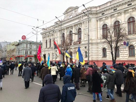 В Харькове состоялось траурное шествие памяти жертв Голодомора 4