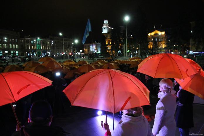 В Харькове состоялся флешмоб против насилия над женщинами 1