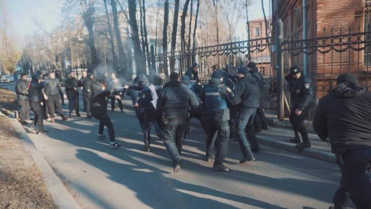 В Харькове разгромили съёмочную площадку сериала о советской военной прокуратуре 6