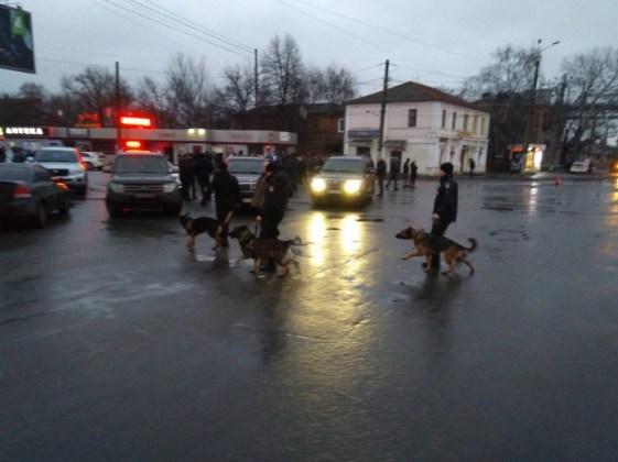 В Харькове неизвестный захватил отделение почты 8