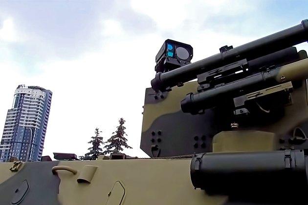 """Поворотний модуль, інтегрований до складу системи кругового огляду від """"Limpid Armor"""""""