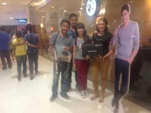 J3 + Jaiza at Max's Abreeza Ayala Mall.