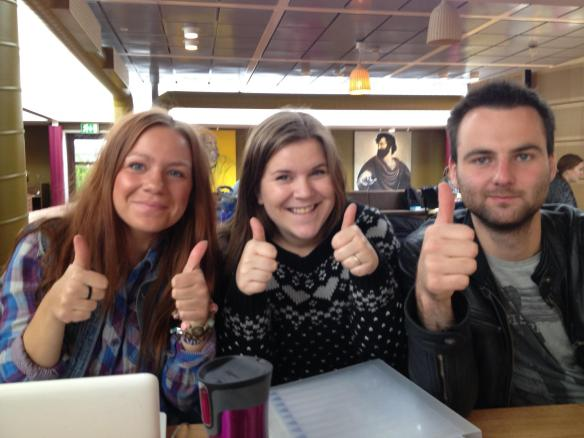 Semesteroppgave i innføringsfaget levert (Foto: Nora Karlsson).