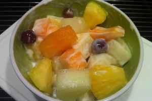 fruit yoghurt salad