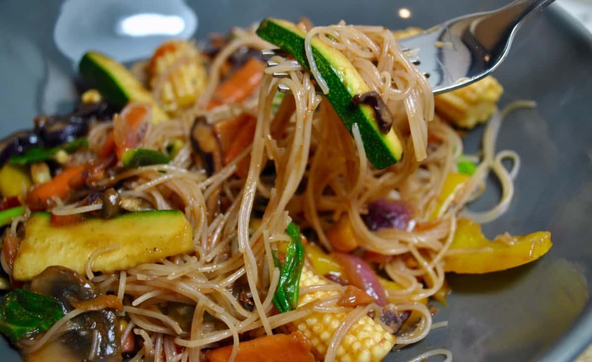 5 A Day Vegetable Vegan Stir Fry Recipe Student Recipes Student Eats
