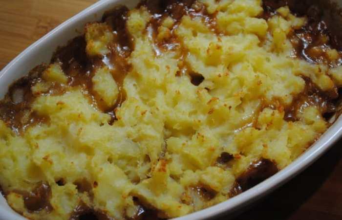 Sausage and mash potato bake