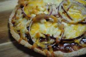 BBQ chicken pizza student recipe