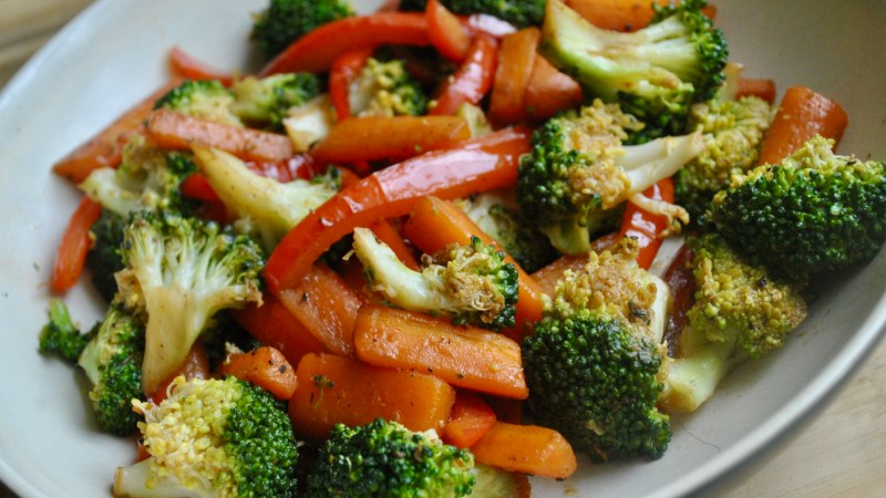 Broccoli and Carrot stir fry recipe - 1