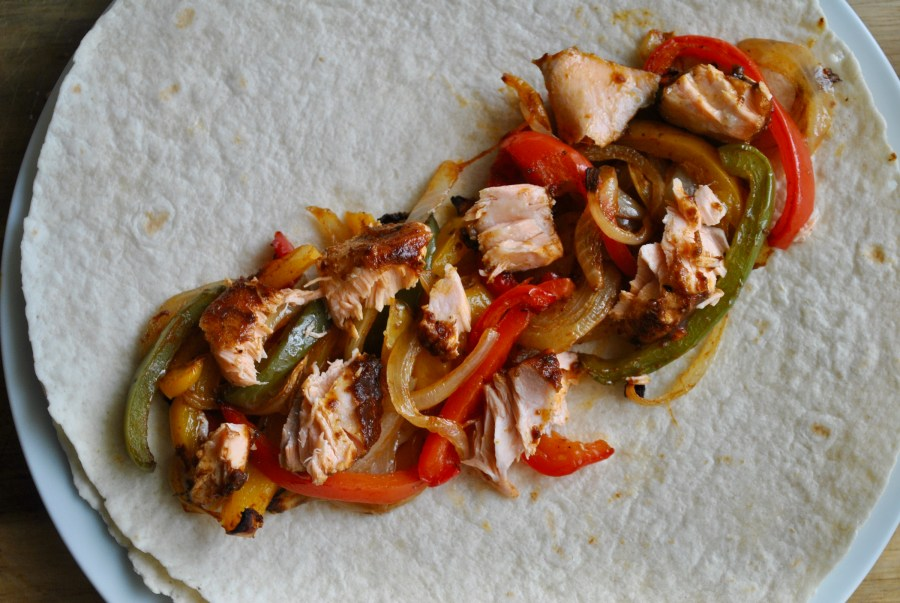 easy salmon fajitas recipe - 3