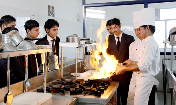 Descriptive research study of an hotel and restaurant management students