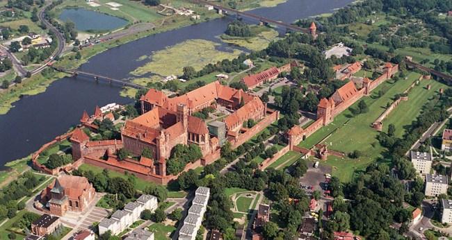 Замок в Мальборке, вид сверху