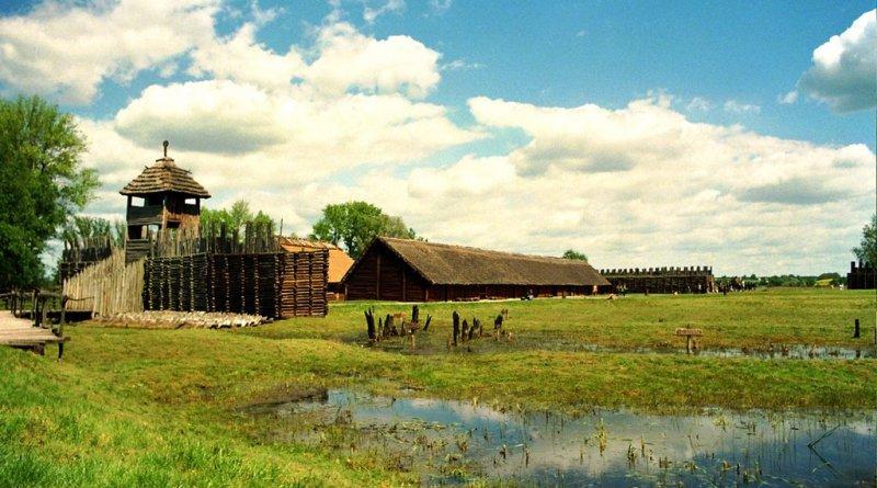 Археологический резерват в Бискупине