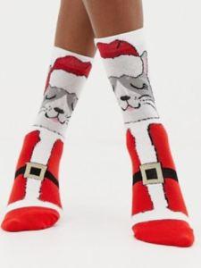 Christmas cat in Santa outfit socks - ASOS