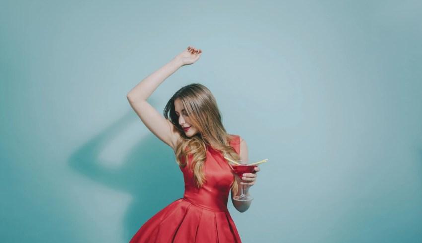 Ce rochii alegi pentru o tinuta de cocktail trendy