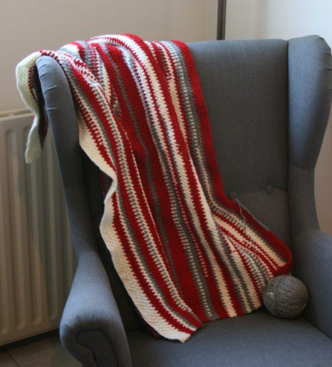 Restjes deken gehaakt van restjes Wibra Saskia