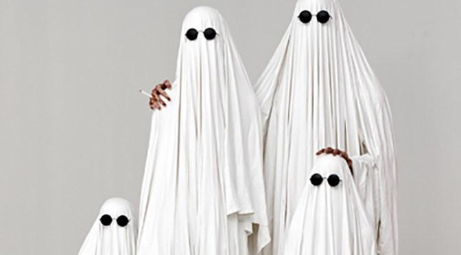 Petite histoire de fantômes : La Famille Invisible