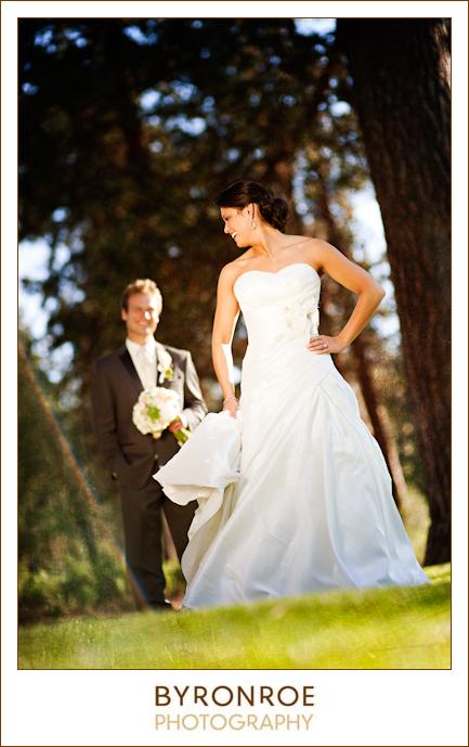 bend-golf-country-club-oregon-wedding-lizzymiro-3