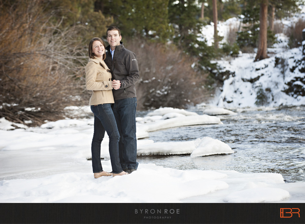 DiannaJohn-Engagement-Photography-DillonFalls-Bend-Or-ByronRoePhotography-5