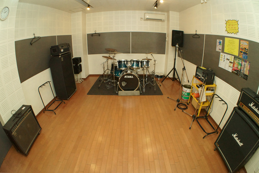 studio_caddis_f_studio_1