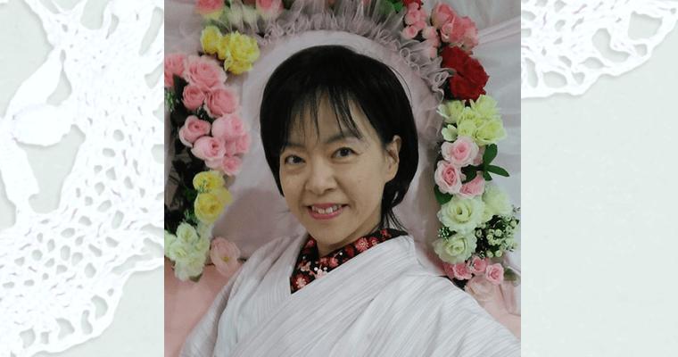 kimono-pose