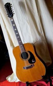 Epiphone_F165-12 cordes-1975_japonaise
