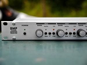 studio-la-boit-a-meuh-line-audio-8mp-devant