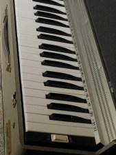 studio-la-boite-a-meuh-harmonium-topodis