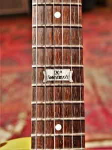 studio-la-boite-a-meuh-gibson-les-paul-melody-maker-120th-manche