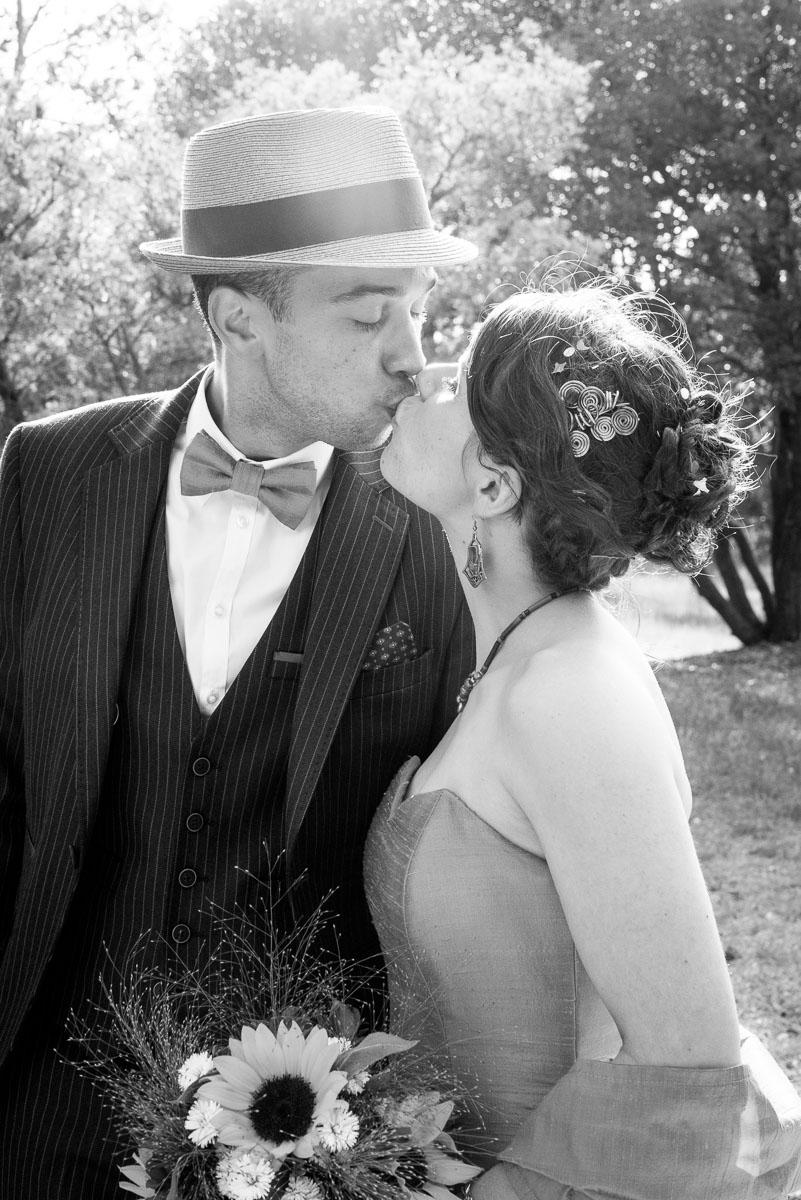 001_couple_baiser_kiss_book_mariage-par-ludovic-maillard-studio-sud_180506_
