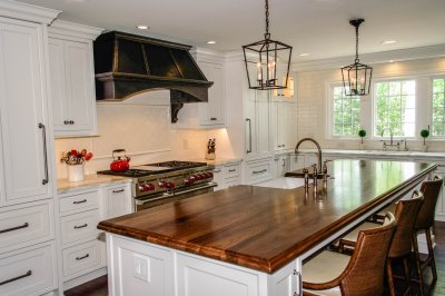 Farmhouse chic kitchen design