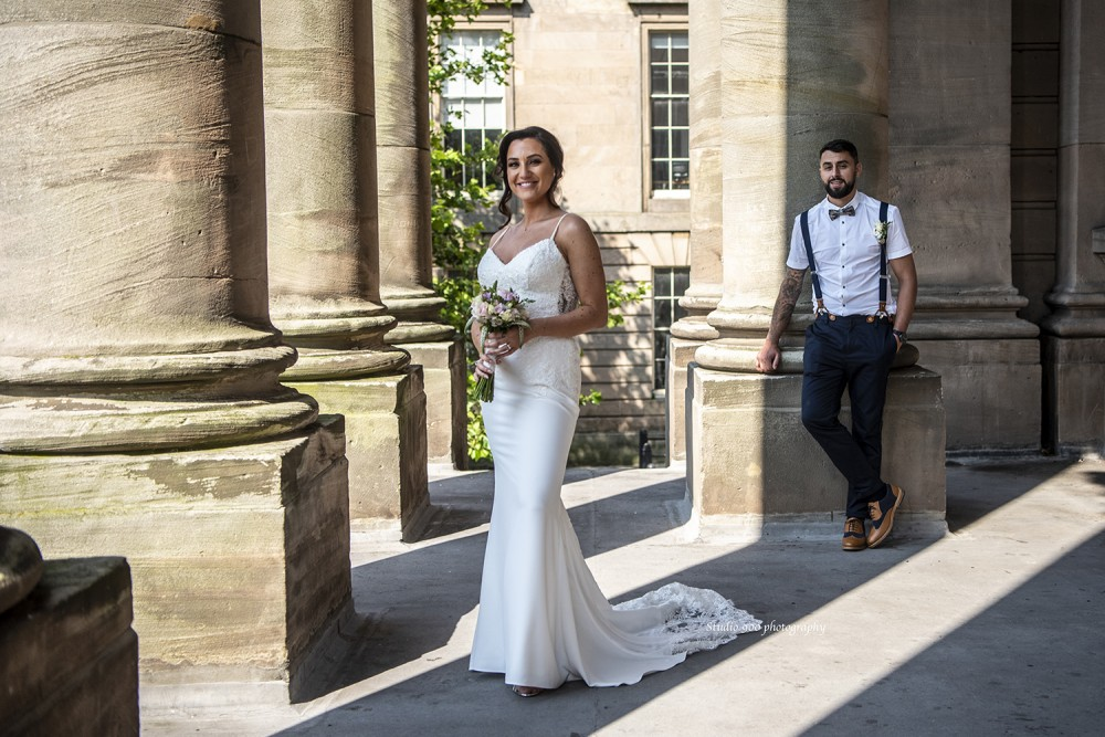 Bride & Groom at Birkenhead Town Hall Wirral