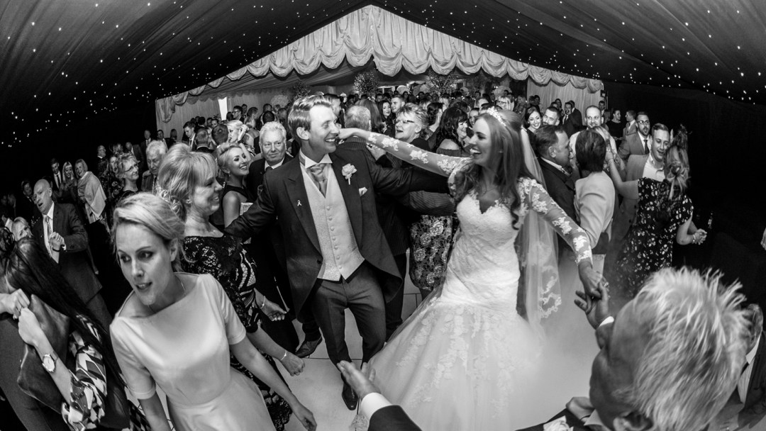 first-dance-in-th-Lakeside-marquee-thornton-manor