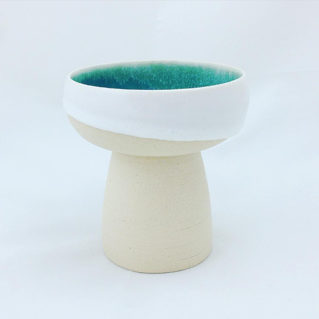 Inspired by the source of living waters that never ceases, this Holy Communion cup represents the sacrificial love of Jesus poured out for many to cleanse us white as snow, so as to reconcile us back to God. What an amazing mystery!  #handmade #pottery #ceramics #church #holycommunion #聖餐 #陶藝 #amazinggrace #madeinsg #studioasobi
