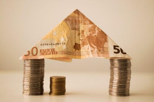 """Webinar in tema di investimenti: """"Le banche e le alternative al prestito bancario (1a parte)""""."""