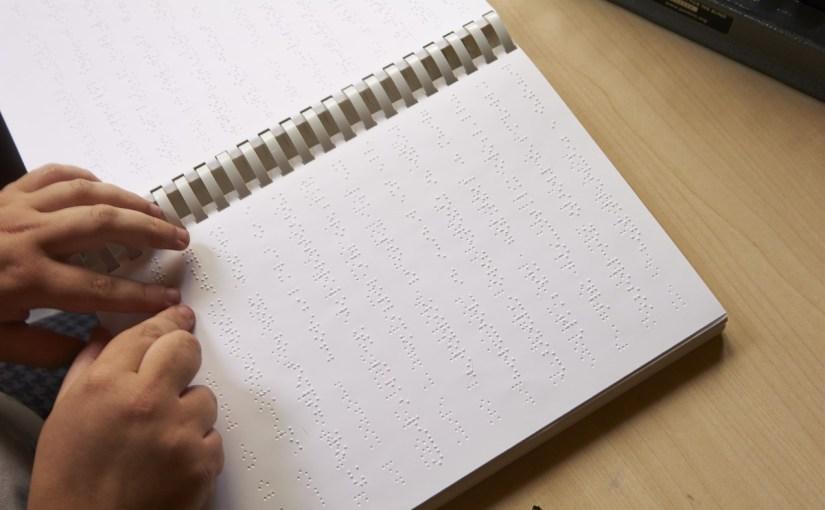 Istituto Chiossone e UICI Liguria: domani Giornata Nazionale Braille. Due eventi a Dialogo nel Buio, giovedì 21 e venerdì 22